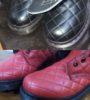 Изменение цвета кожаных ботинок из чёрного в красный